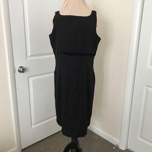 Black sleeveless wool Gap dress NWT
